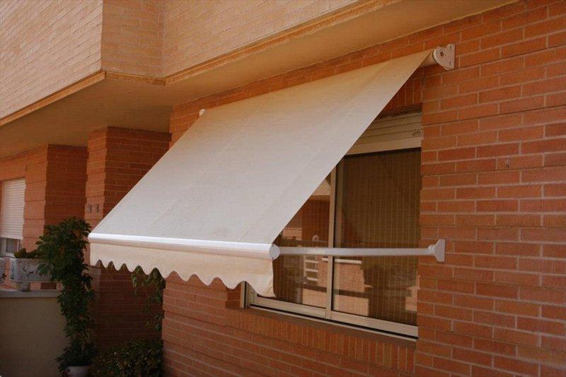 Toldos sabadell fabricaci n dise o instalaci n de toldos - Precio toldo balcon ...